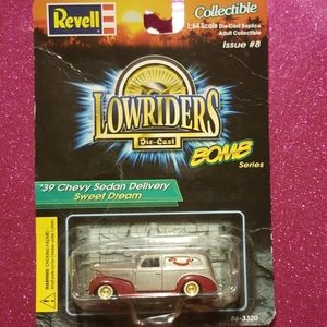 Revell Collectible Lowrider '39 Chevy